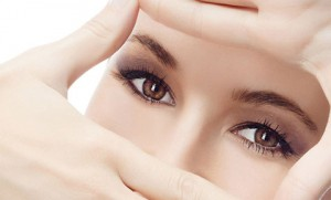 nổi hạt trắng ở mí mắt dưới 8