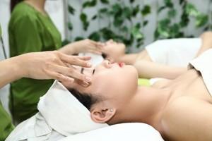cách massage mắt khi mỏi 1